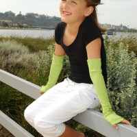 Girls lycra sun sleeves